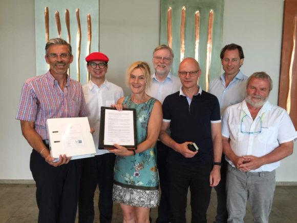 FUW-WeinkennerDiplom IHK-zertifiziert - Nach Unterschrift