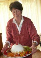 Frau Gatteschi verwöhnt mit toskanischer Küche